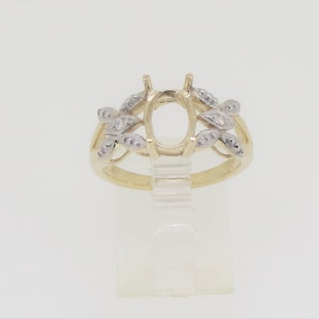 R235, 9mm x 7mm oval facet, diamond set