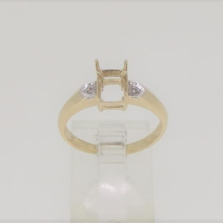 R3387, 8mm x 6mm emerald cut, diamond set