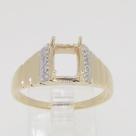 R3452a, 9mm x 7mm Emerald cut, diamond set